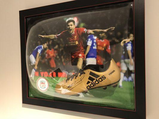 Acrylic Dome Frame Sports Memorabilia